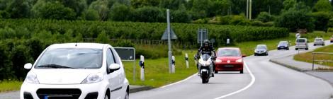 Die schönsten Ferienstraßen mit dem Auto & Motorrad